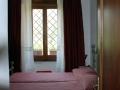 Oleandro_Giallo_-_Camera_da_letto_e_finestra