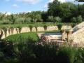 Residenza-degli-Olandri---Giardino-e-scala-Oleandro-Rosa